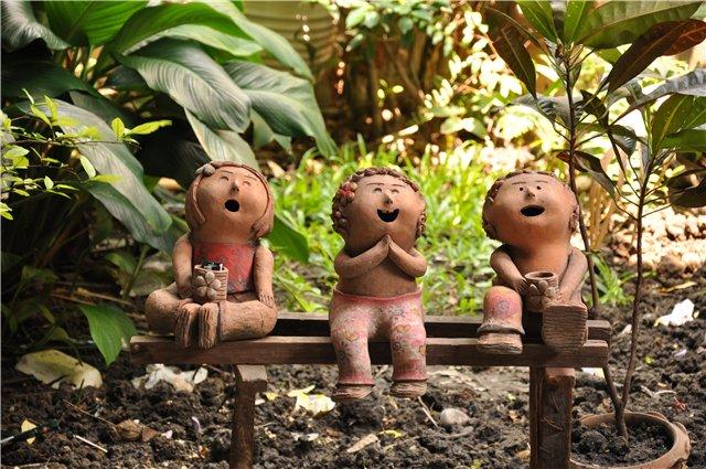 Поделки своими руками в сад из дерева