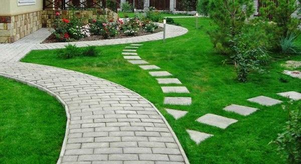 Чем выложить дорожки в саду