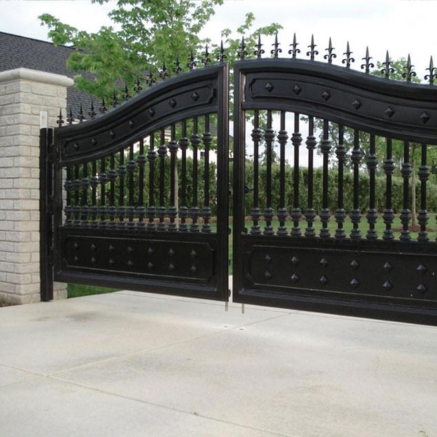 Ворота распашные для дачи