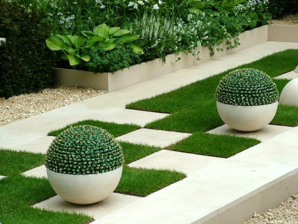 Искусственный газон для дачи