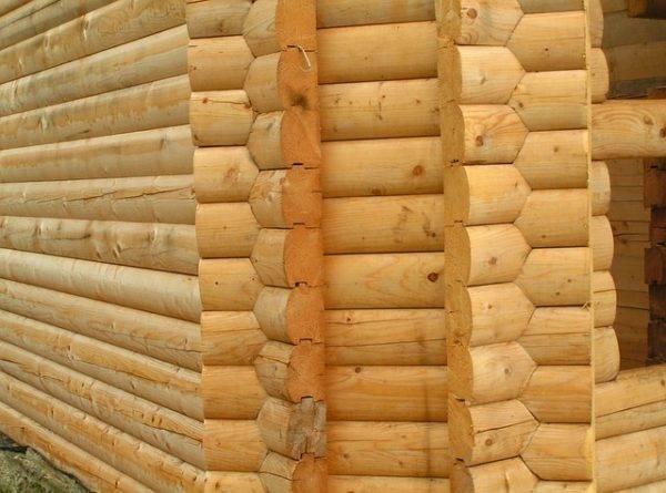 Конструкция из дерева