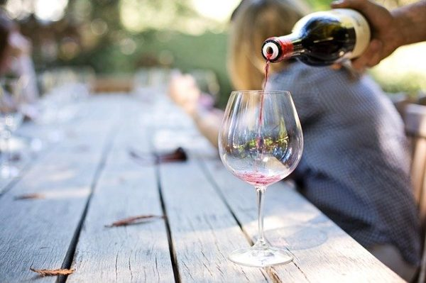 вино в бакале